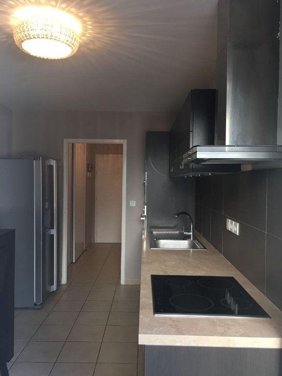 Appartement à vendre 3 73m2 à Veigy-Foncenex vignette-3