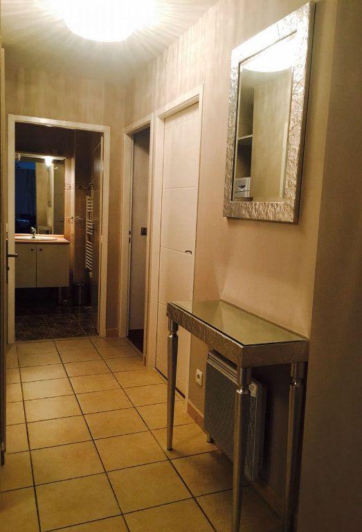Appartement à vendre 3 73m2 à Veigy-Foncenex vignette-8