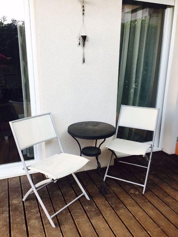 Appartement à vendre 3 73m2 à Veigy-Foncenex vignette-9