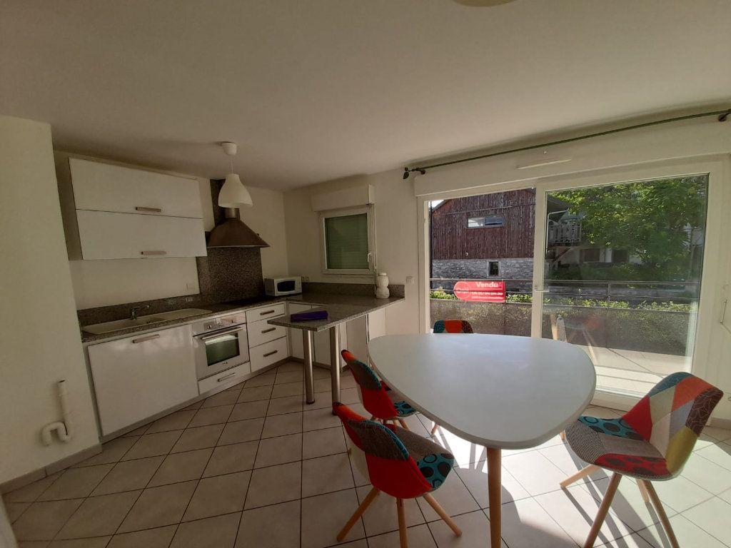 Appartement à louer 2 45.45m2 à Veigy-Foncenex vignette-2