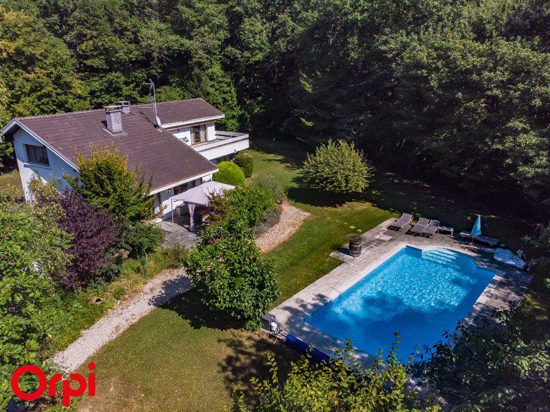 Maison à vendre 6 156m2 à Veigy-Foncenex vignette-1