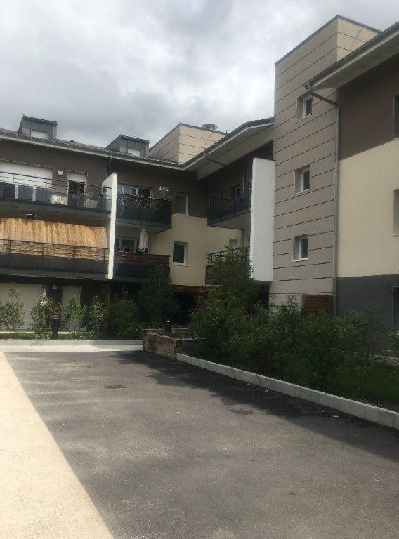 Appartement à louer 2 41.75m2 à Thonon-les-Bains vignette-1