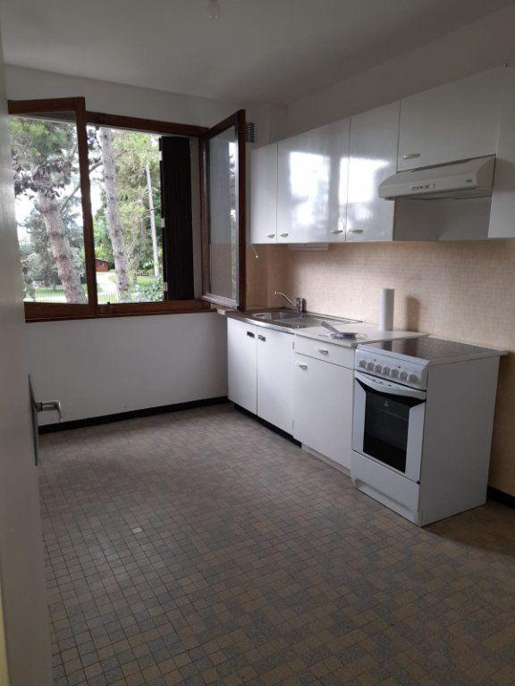 Appartement à louer 2 52m2 à Veigy-Foncenex vignette-1