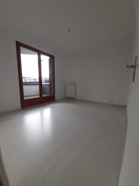 Appartement à louer 2 52m2 à Veigy-Foncenex vignette-3