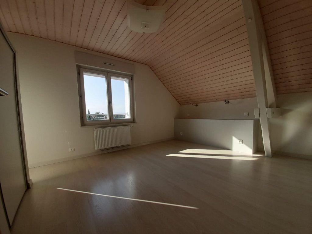 Maison à louer 6 143.51m2 à Saint-Cergues vignette-6