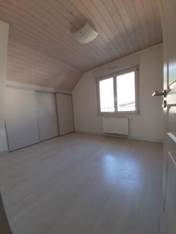 Maison à louer 6 143.51m2 à Saint-Cergues vignette-7