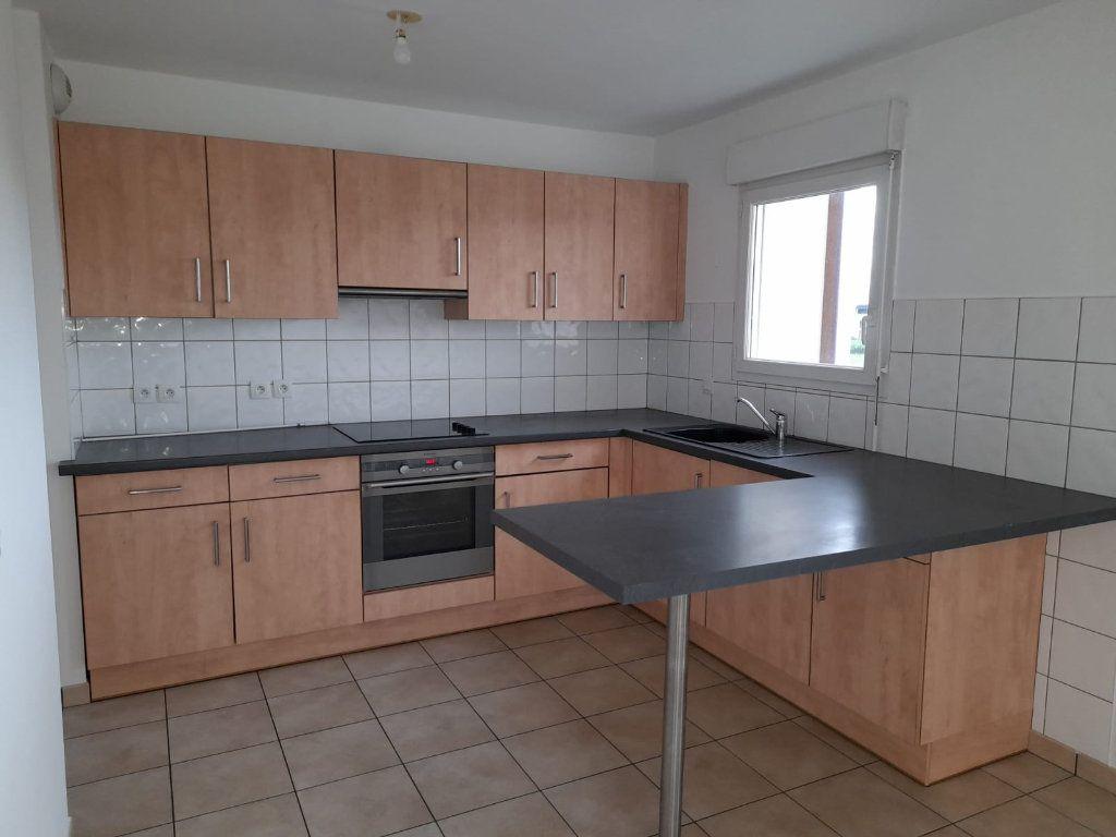 Appartement à louer 2 48.62m2 à Veigy-Foncenex vignette-2