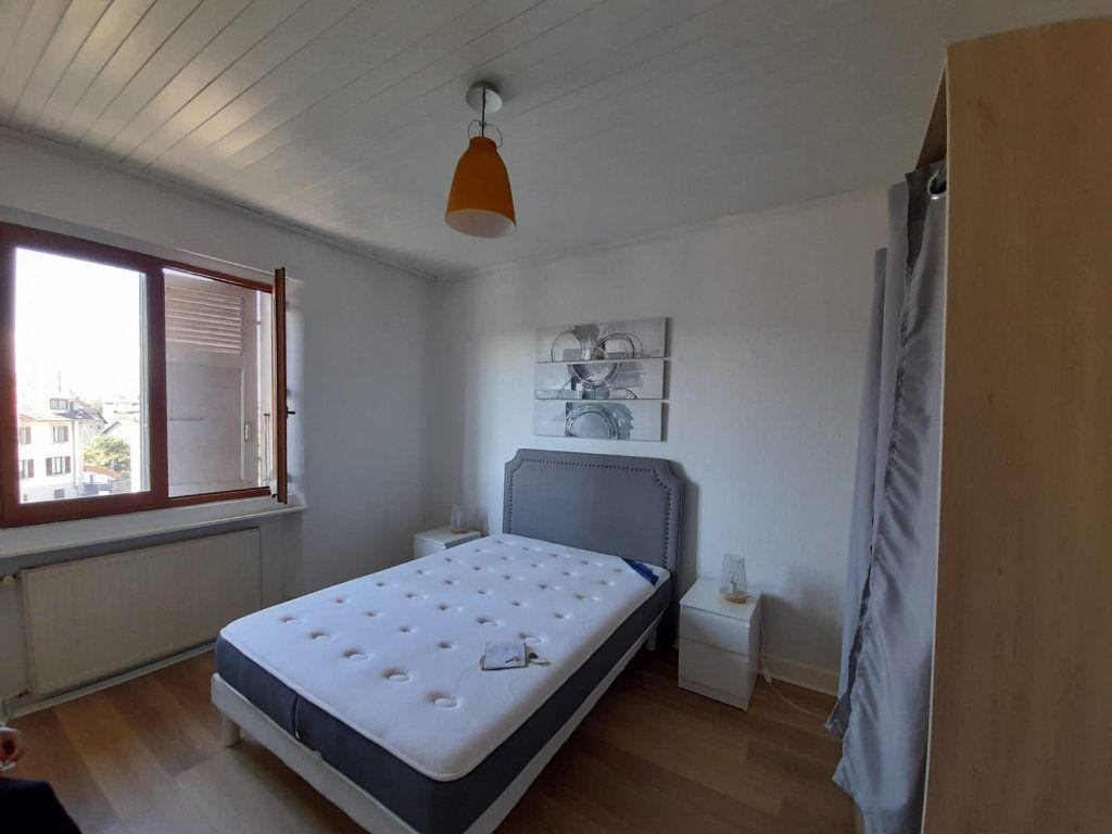 Appartement à louer 2 41.02m2 à Ambilly vignette-4