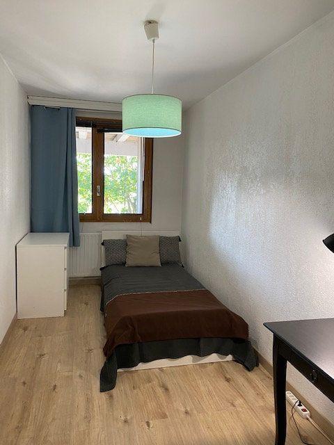 Appartement à louer 3 61.9m2 à Veigy-Foncenex vignette-5