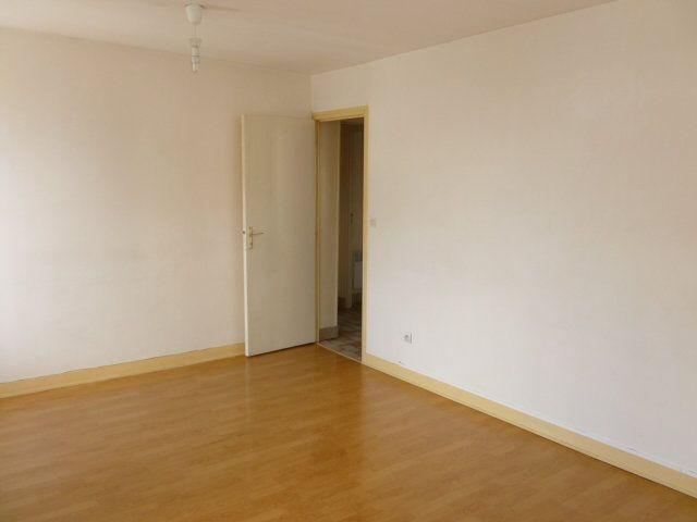 Appartement à louer 3 49.26m2 à Pont-l'Évêque vignette-3