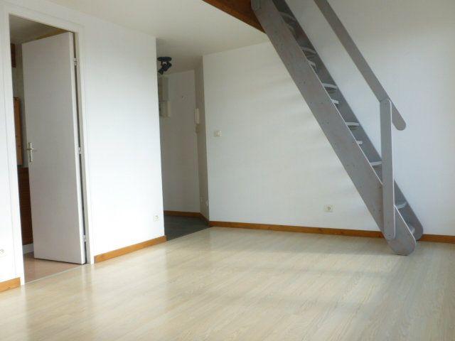 Appartement à louer 1 18m2 à Pont-l'Évêque vignette-2