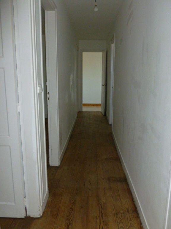 Appartement à louer 3 47.46m2 à Pont-l'Évêque vignette-2