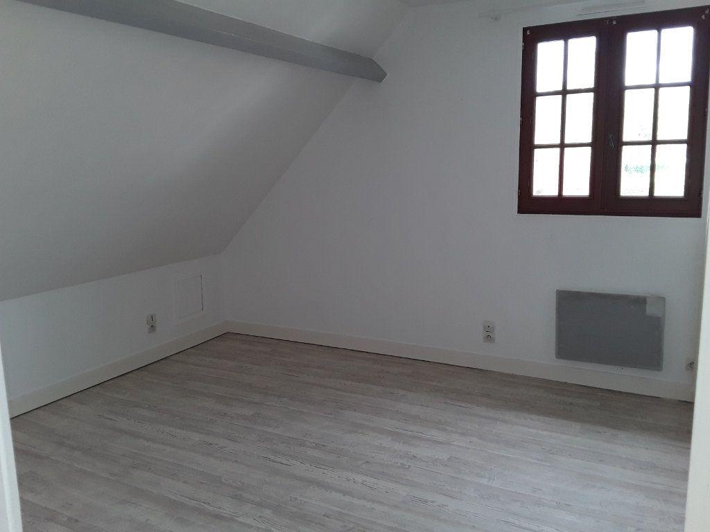 Appartement à louer 4 92.81m2 à Surville vignette-3