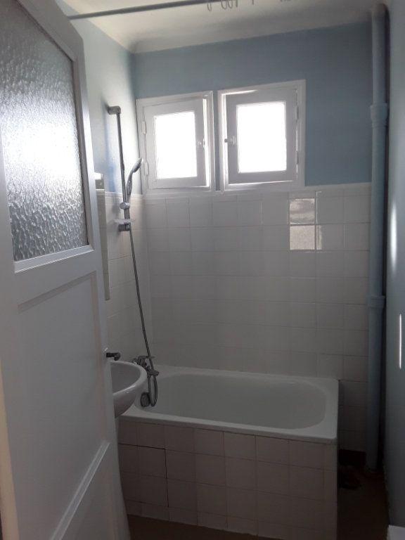 Appartement à louer 2 51.18m2 à Pont-l'Évêque vignette-4