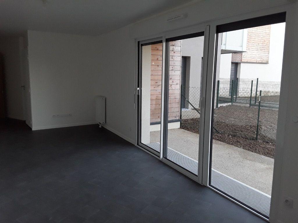 Appartement à louer 3 58.88m2 à Honfleur vignette-2