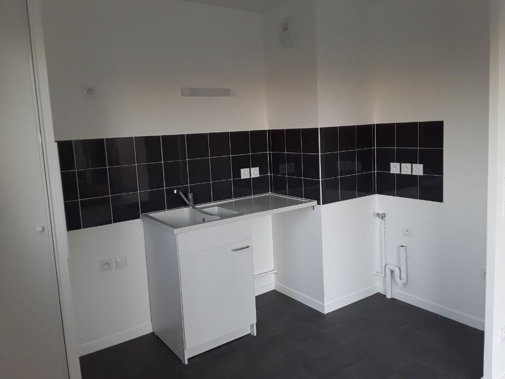 Appartement à louer 3 58.88m2 à Honfleur vignette-3