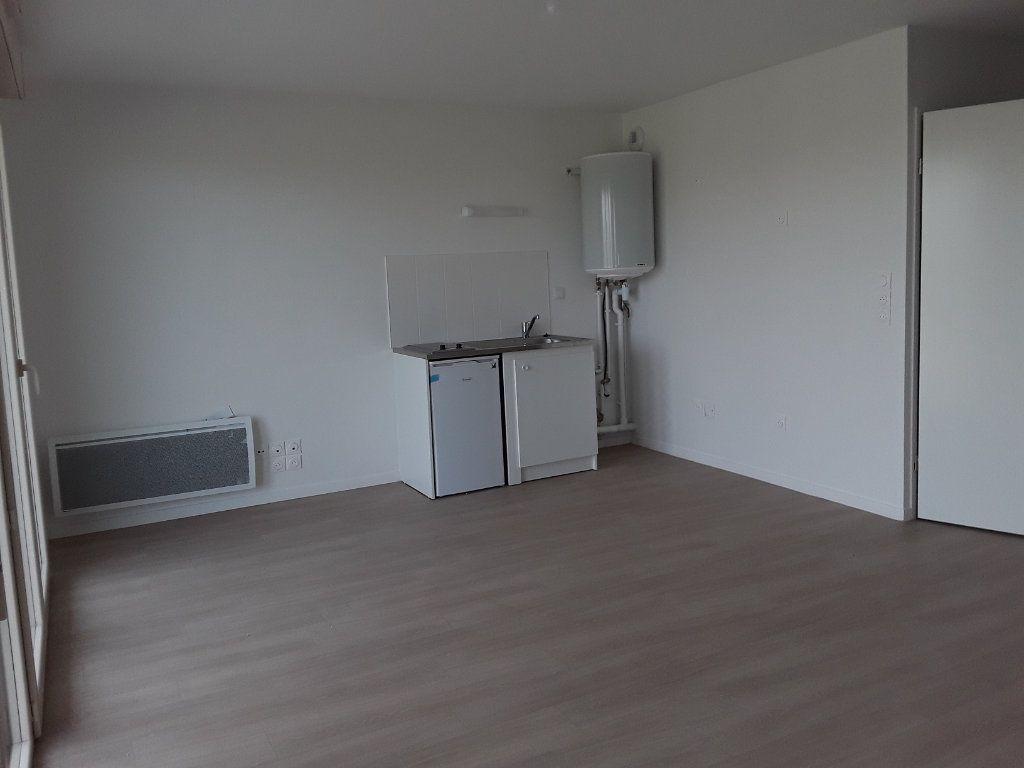 Appartement à louer 1 31.46m2 à Pont-l'Évêque vignette-2