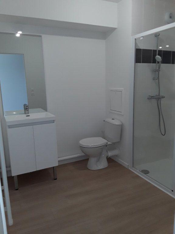 Appartement à louer 1 31.46m2 à Pont-l'Évêque vignette-4