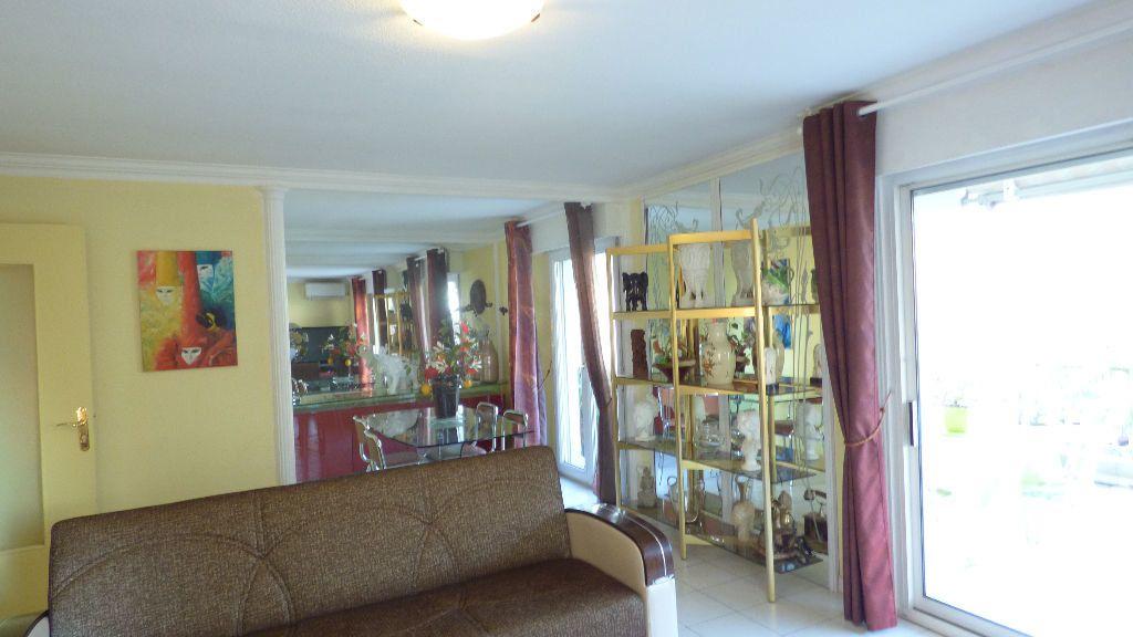 Appartement à vendre 4 81.38m2 à Fréjus vignette-7