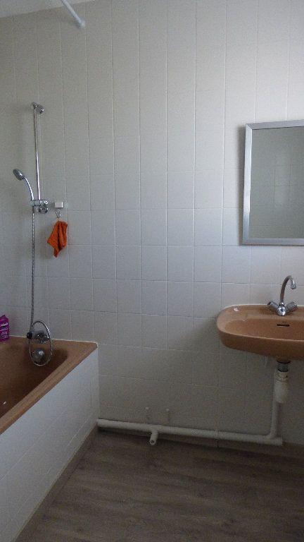 Appartement à vendre 3 69m2 à Fréjus vignette-8