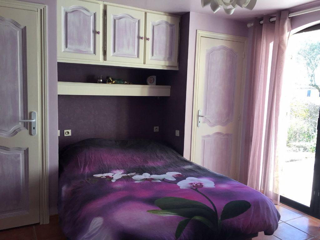 Maison à vendre 6 183m2 à Saint-Raphaël vignette-5