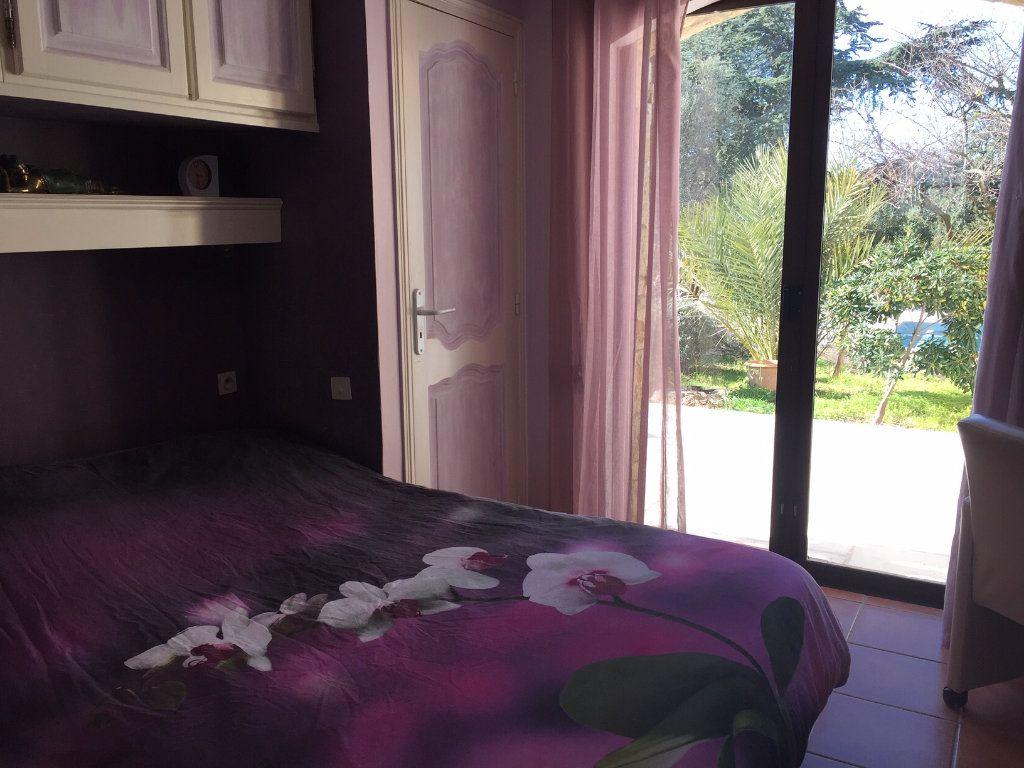 Maison à vendre 6 183m2 à Saint-Raphaël vignette-6