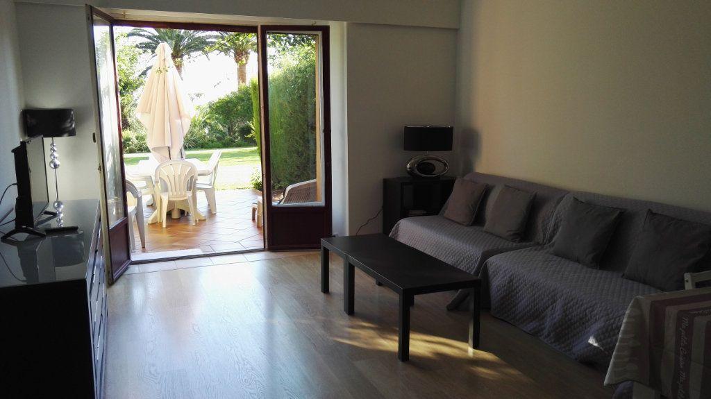 Appartement à vendre 2 61.03m2 à Saint-Raphaël vignette-5