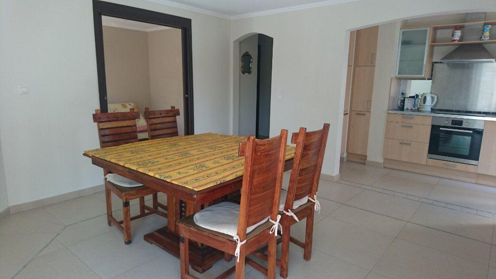 Appartement à vendre 3 51.81m2 à Saint-Raphaël vignette-8