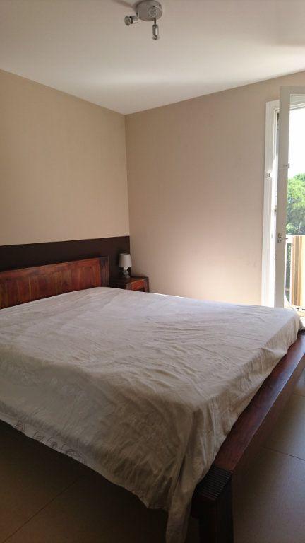 Appartement à vendre 3 51.81m2 à Saint-Raphaël vignette-10