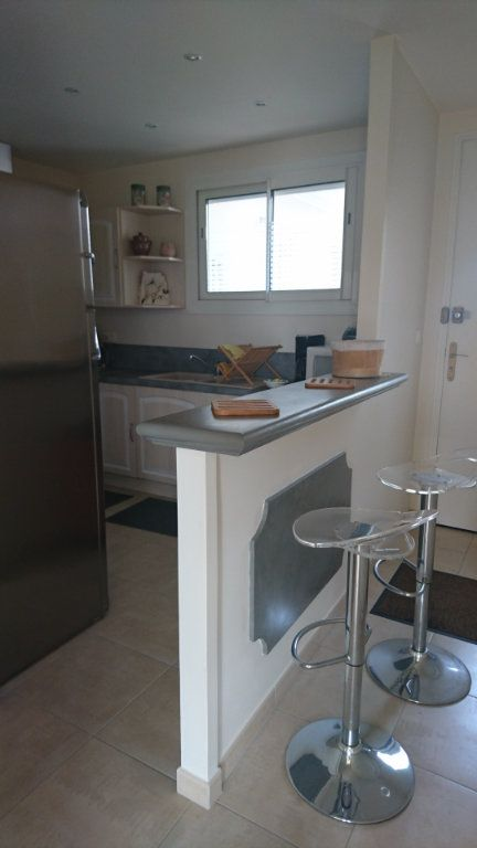 Appartement à vendre 3 62.8m2 à Saint-Raphaël vignette-9