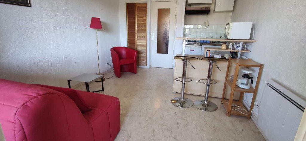 Appartement à vendre 1 21.55m2 à Fréjus vignette-1