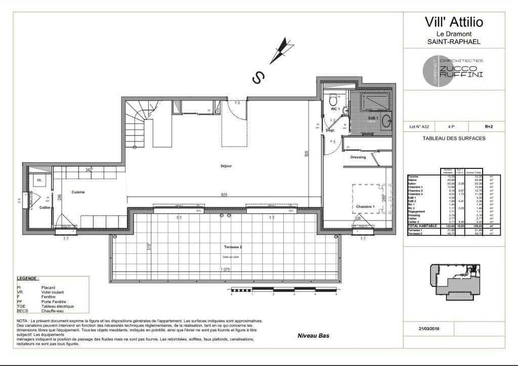 Appartement à vendre 3 139.16m2 à Saint-Raphaël vignette-2