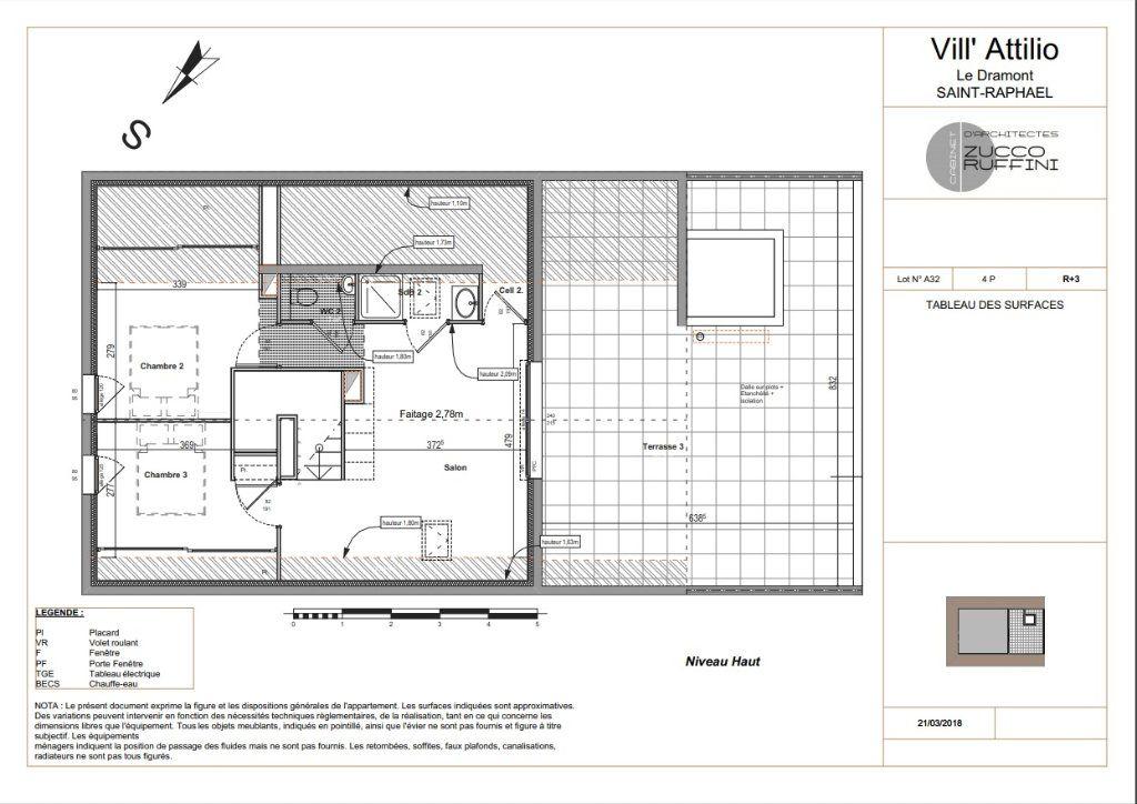 Appartement à vendre 3 139.16m2 à Saint-Raphaël vignette-3