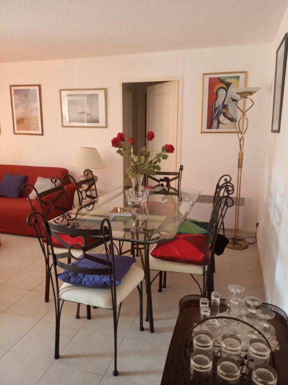 Appartement à vendre 2 48.25m2 à Saint-Raphaël vignette-1