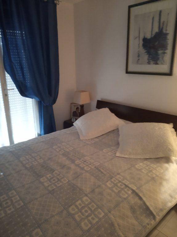 Appartement à vendre 2 48.25m2 à Saint-Raphaël vignette-3
