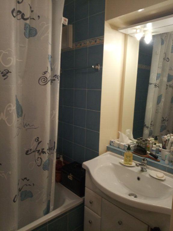Appartement à vendre 2 48.25m2 à Saint-Raphaël vignette-4