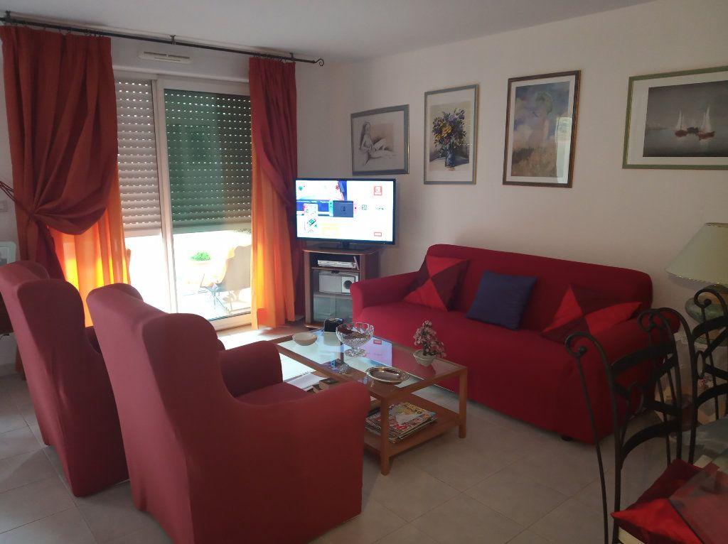 Appartement à vendre 2 48.25m2 à Saint-Raphaël vignette-16
