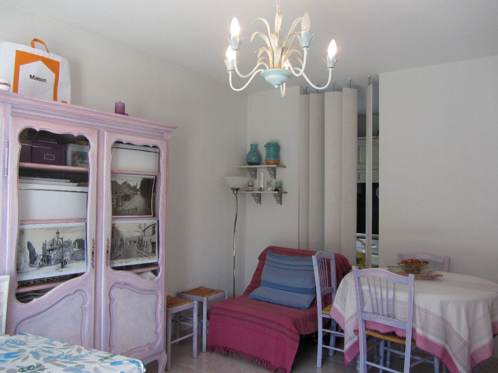 Appartement à vendre 2 40m2 à Saint-Raphaël vignette-4