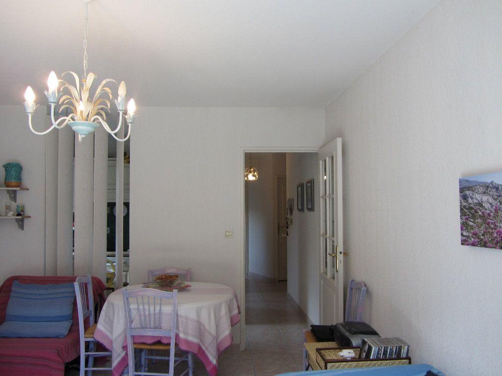 Appartement à vendre 2 40m2 à Saint-Raphaël vignette-5