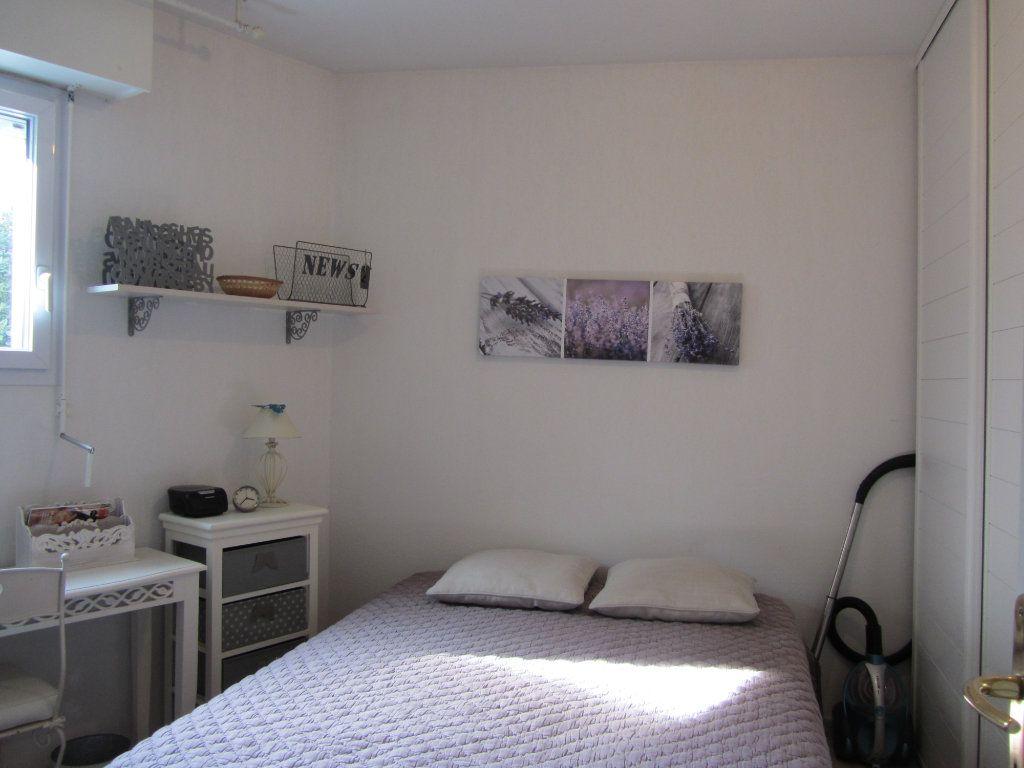 Appartement à vendre 2 40m2 à Saint-Raphaël vignette-7