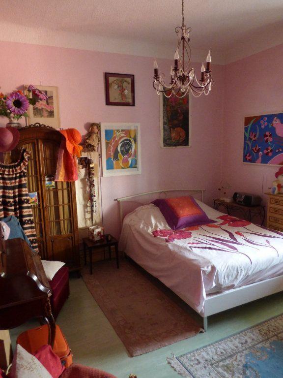 Appartement à vendre 3 65m2 à Saint-Raphaël vignette-6
