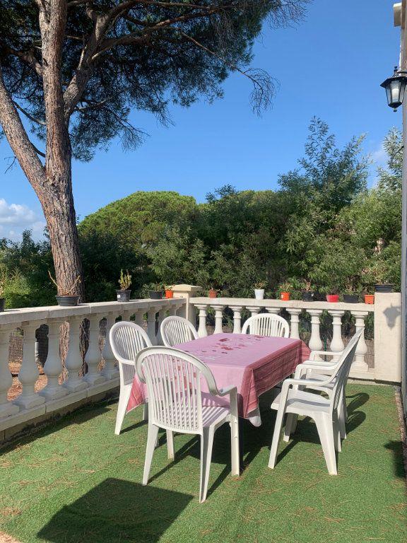 Maison à vendre 9 204.7m2 à Roquebrune-sur-Argens vignette-4