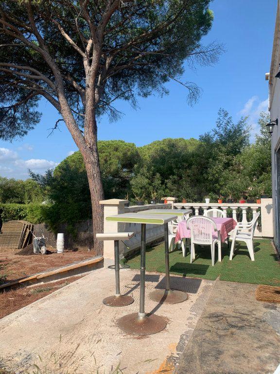 Maison à vendre 9 204.7m2 à Roquebrune-sur-Argens vignette-5