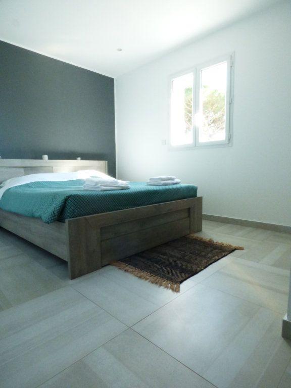 Maison à vendre 9 204.7m2 à Roquebrune-sur-Argens vignette-13