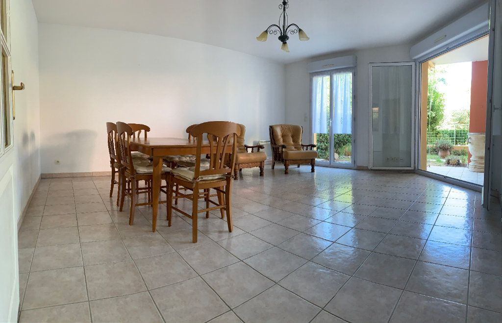 Appartement à vendre 3 71.77m2 à Fréjus vignette-3