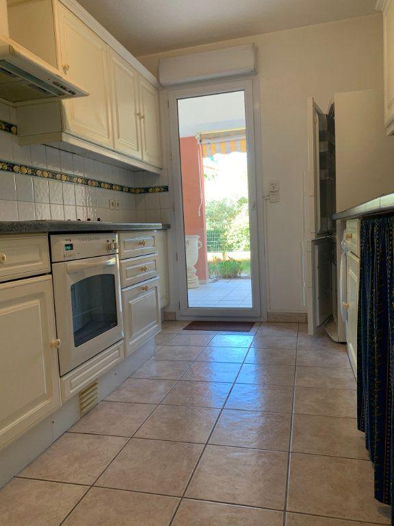 Appartement à vendre 3 71.77m2 à Fréjus vignette-4