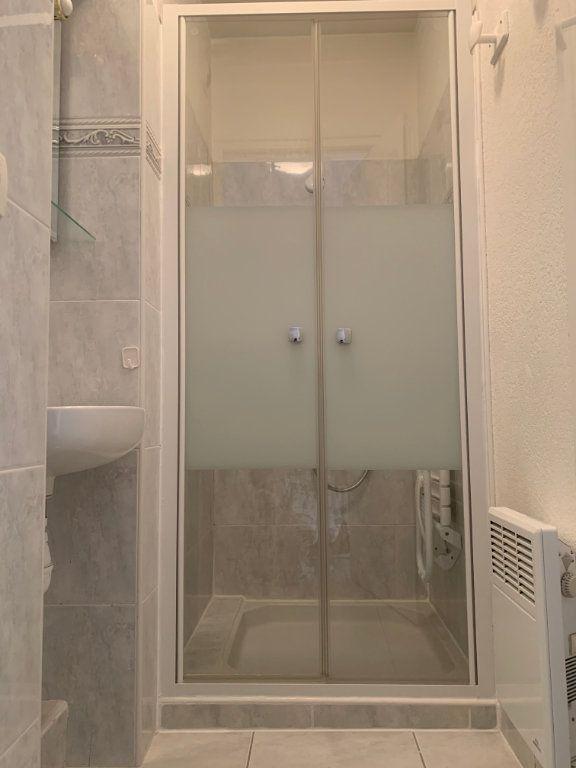 Appartement à vendre 3 71.77m2 à Fréjus vignette-7