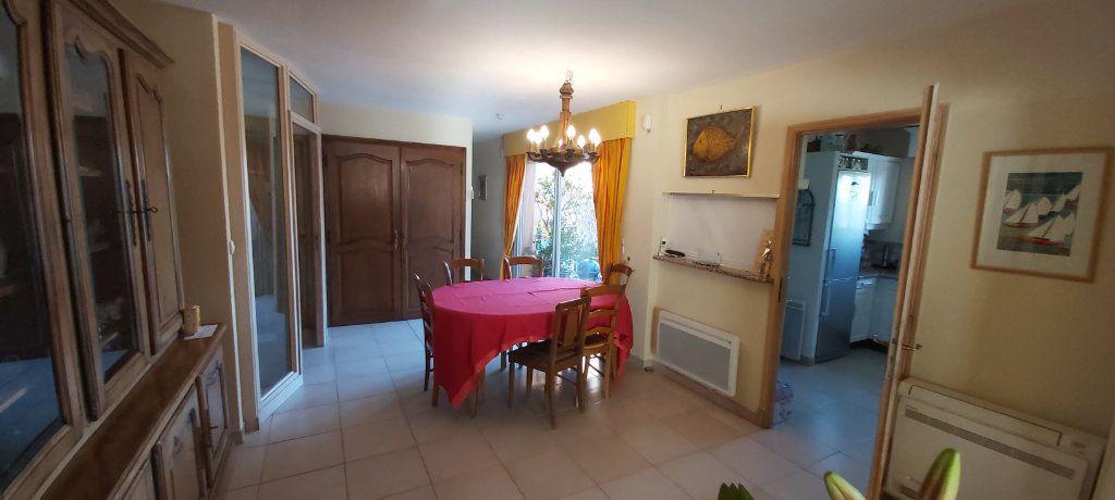 Maison à vendre 6 190m2 à Saint-Raphaël vignette-7