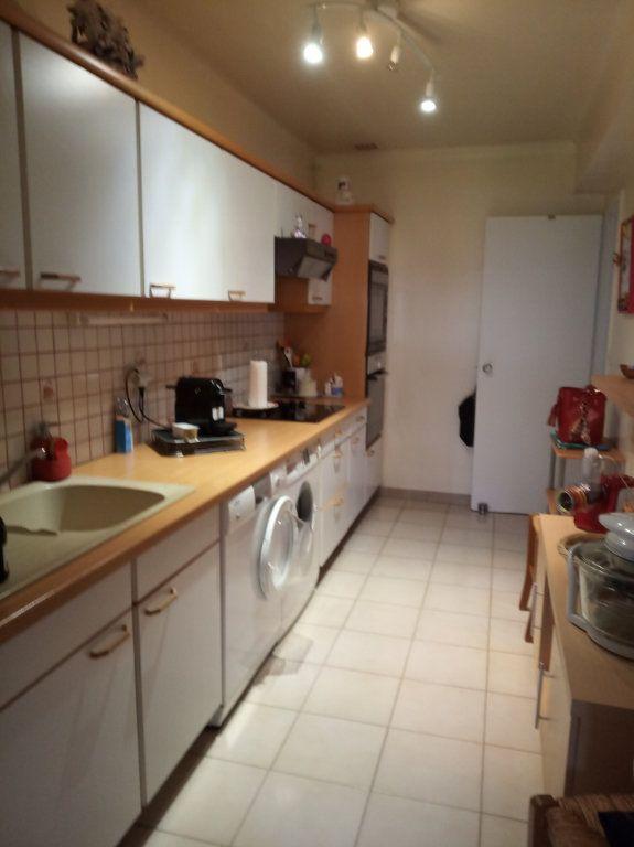Appartement à vendre 4 71.37m2 à Saint-Raphaël vignette-7
