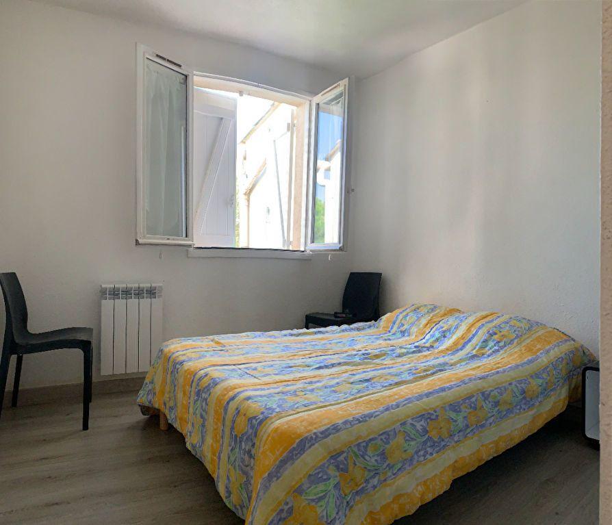 Appartement à vendre 2 29m2 à Fréjus vignette-5